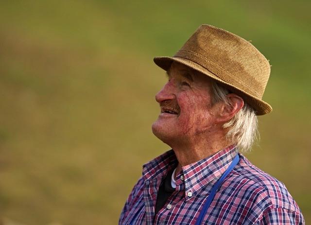 幸せな老人
