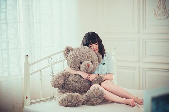 孤独な美少女