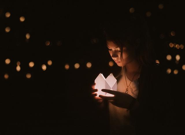 暗闇のなかの希望