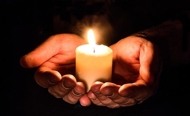 希望の光を信じる
